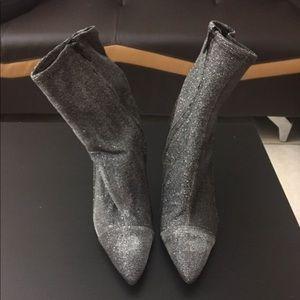 Guess boot heels